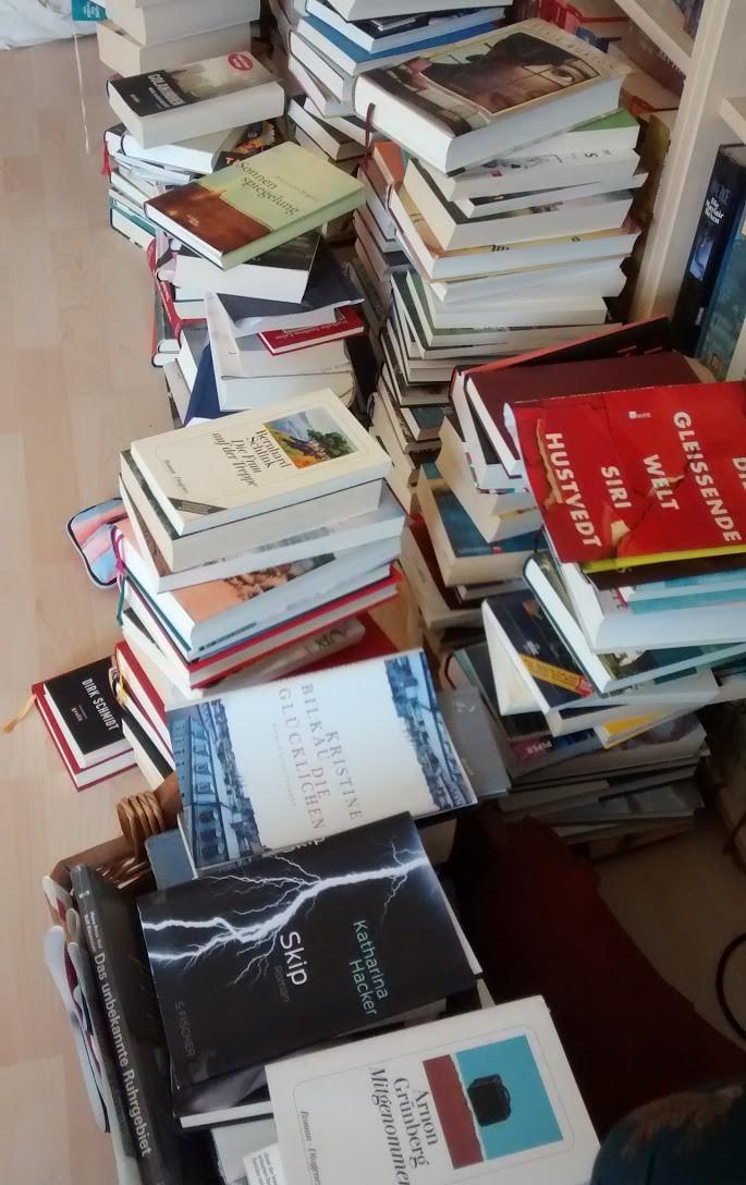 Stapel gelesener Bücher